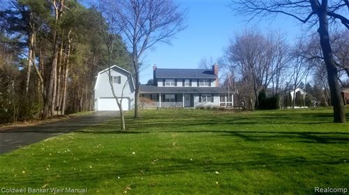 Photo of 5480 CLARKSTON Road, Independence Township, MI 48348 (MLS # 2200012223)