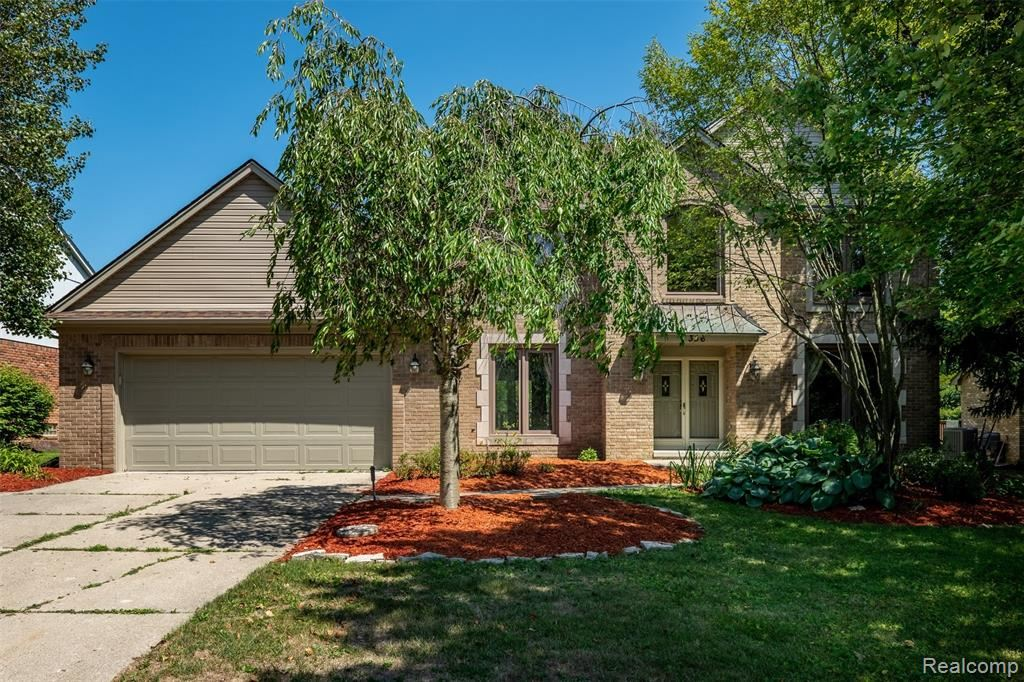 Photo of 356 Silvervale Drive, Rochester Hills, MI 48309 (MLS # 2200064229)
