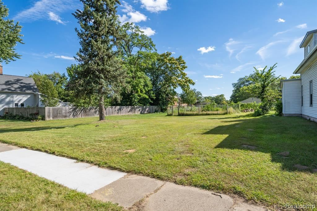 Photo of 95 INCHES Street, Mount Clemens, MI 48043 (MLS # 2210075231)