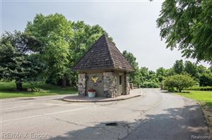 Tiny photo for 5422 BRISTOL PARKE Drive, Independence Township, MI 48348 (MLS # 219069235)