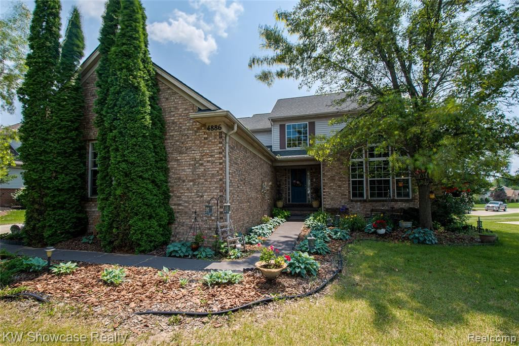 Photo for 4886 SPRING MEADOW Drive, Independence Township, MI 48348 (MLS # 2210053264)