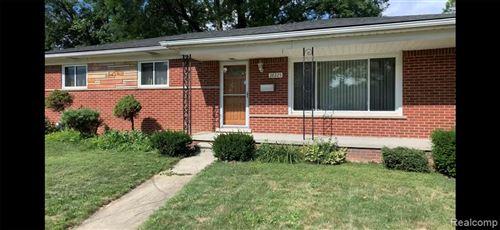 Photo of 28225 LORRAINE Avenue, Warren, MI 48093 (MLS # 2200062269)