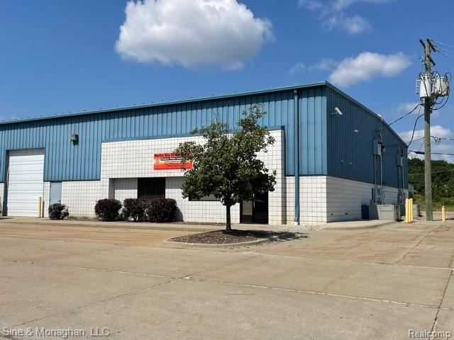 Photo of 51518 Industrial Dr. Unit H, New Baltimore, MI 48047 (MLS # 2210085269)