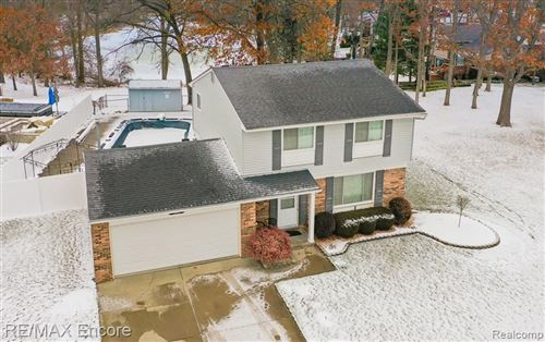 Photo of 5028 OLD COVE Road, Independence Township, MI 48346 (MLS # 2210003274)