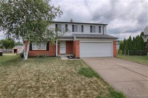Photo of 5069 CHIPPEWA Court, Sterling Heights, MI 48310 (MLS # 219070277)