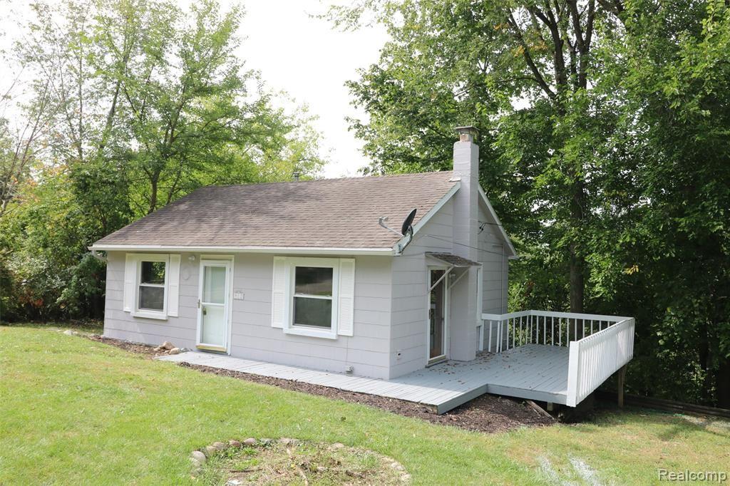 Photo of 912 PEARSON Drive, Milford Township, MI 48381 (MLS # 2210079278)