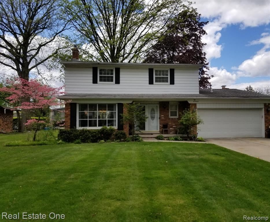 Photo of 29405 CHATHAM COURT Court, Southfield, MI 48076 (MLS # 2210033283)