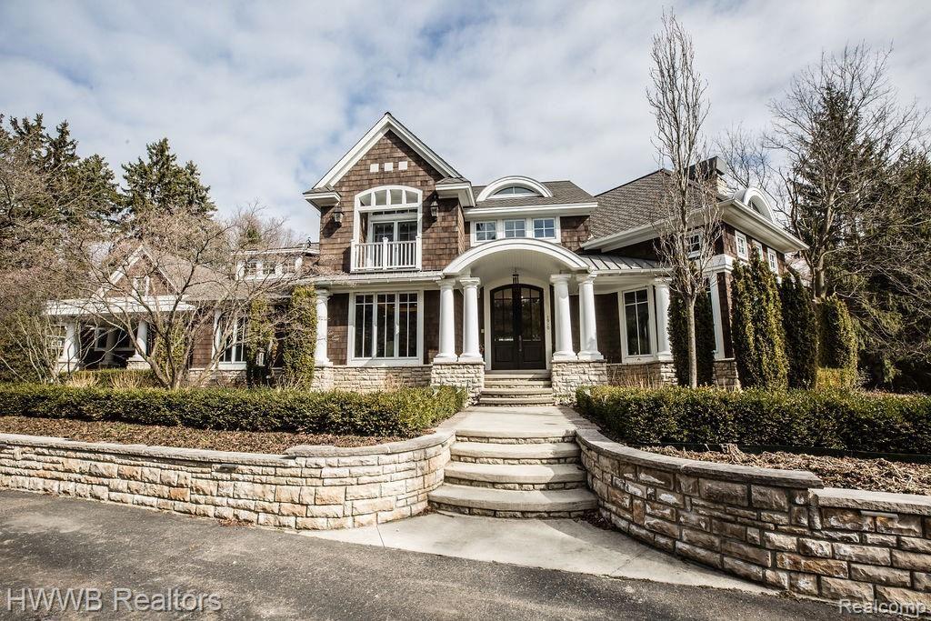 1910 TIVERTON Road, Bloomfield Hills, MI 48304 - #: 2210031286