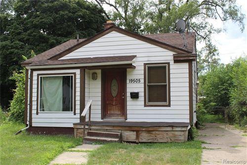 Photo of 19505 TRINITY Street, Detroit, MI 48219 (MLS # 2200062292)