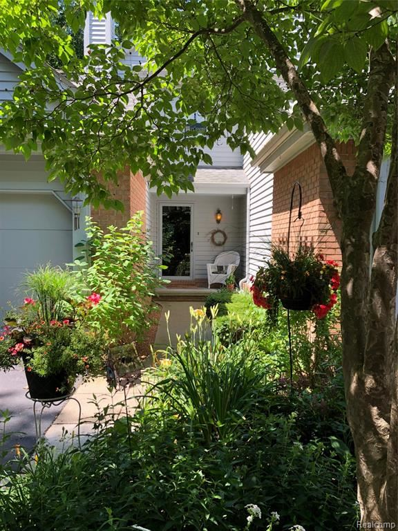 Photo for 5025 TIMBERWAY Trail #68, Independence Township, MI 48346 (MLS # 219065292)