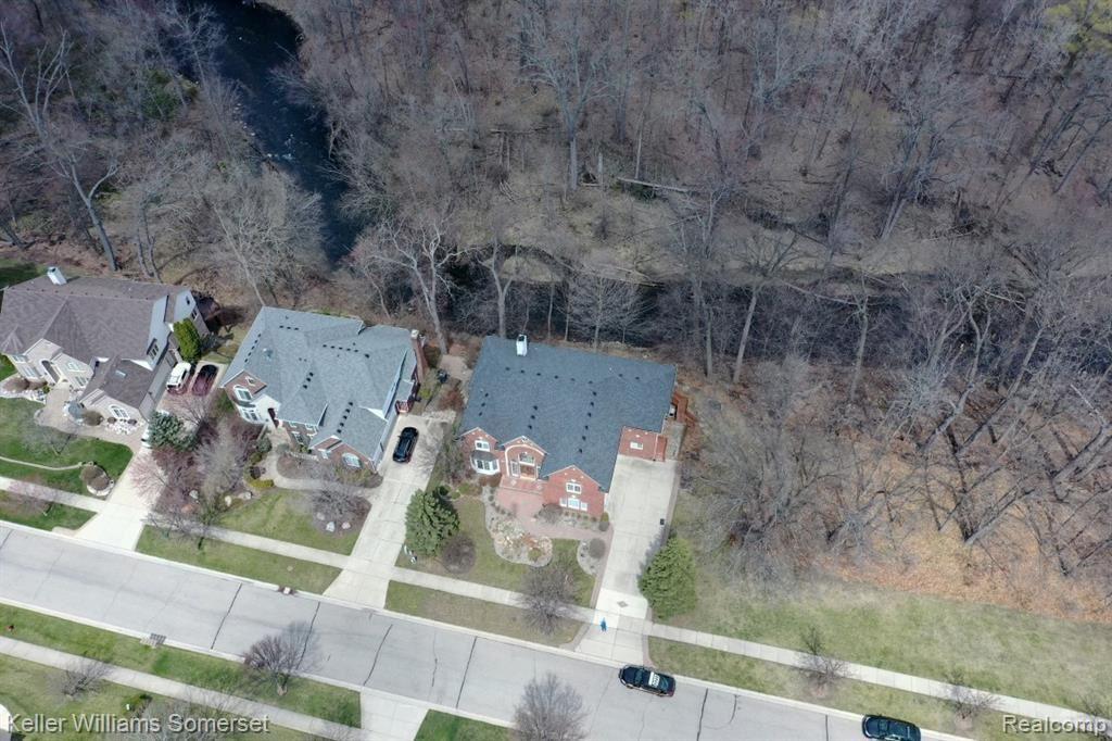 Photo of 3624 NESTING RIDGE Drive, Rochester Hills, MI 48309 (MLS # 2200026326)