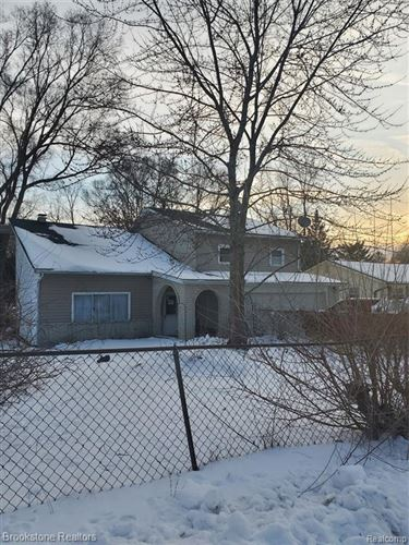 Photo of 4381 PINEDALE Avenue, Independence Township, MI 48346 (MLS # 2200006329)