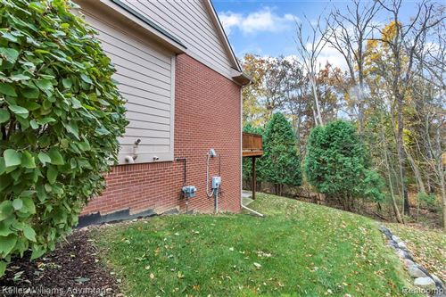 Tiny photo for 6931 STONEWOOD PLACE Drive, Independence Township, MI 48346 (MLS # 219112333)