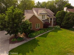 Photo of 6459 SOUTHAMPTON Drive, Independence Township, MI 48346 (MLS # 219068336)