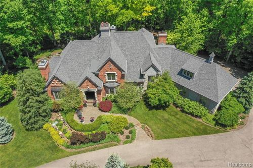 Photo of 7868 HOLCOMB Road, Independence Township, MI 48348 (MLS # 2200013338)