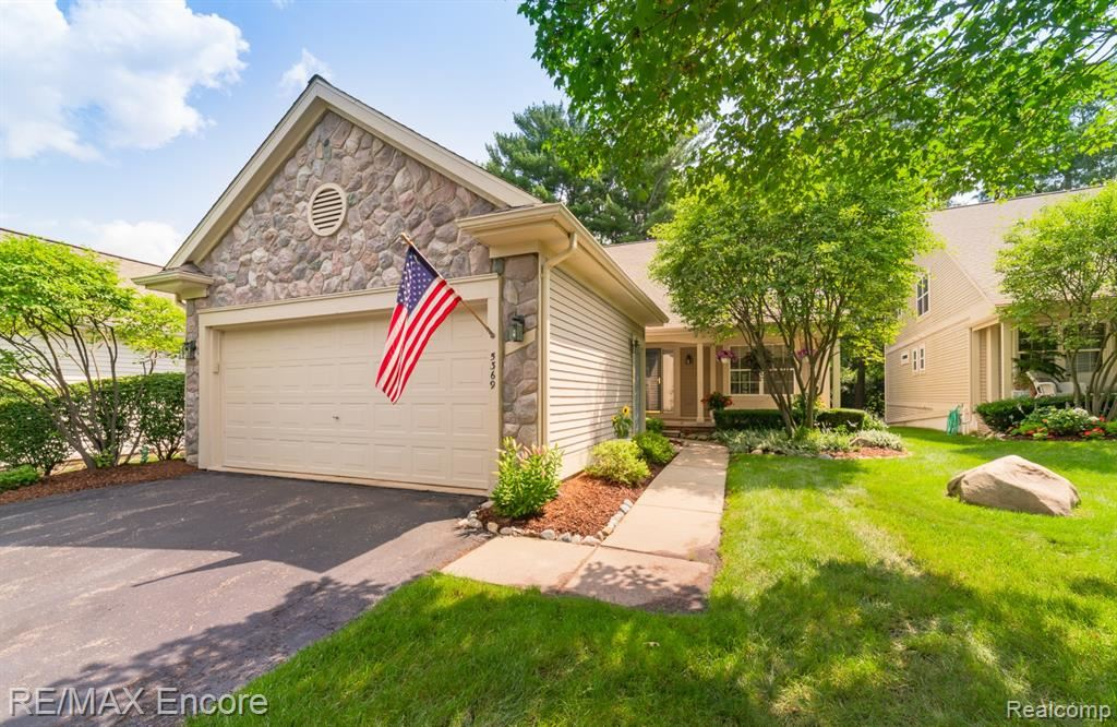 Photo for 5369 FOREST RIDGE Drive, Independence Township, MI 48346 (MLS # 2210055345)