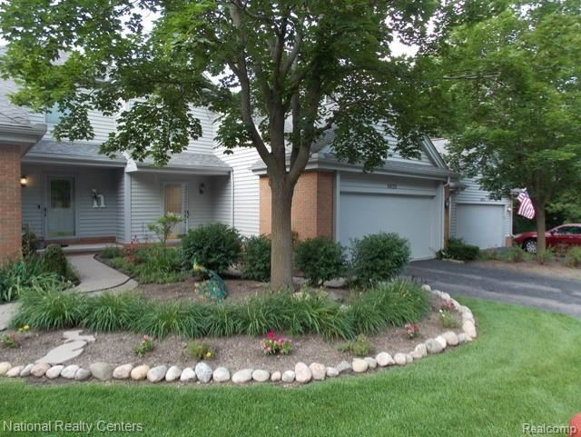 Photo for 6620 RIDGEVIEW Drive, Independence Township, MI 48346 (MLS # 2210056349)
