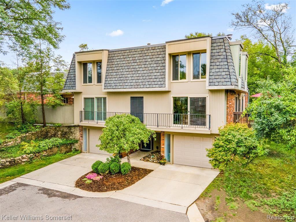 1000 STRATFORD Lane E, Bloomfield Hills, MI 48304 - #: 2210007366