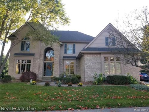 Photo of 4983 HIGHLAND Court, Independence Township, MI 48348 (MLS # 2200024382)