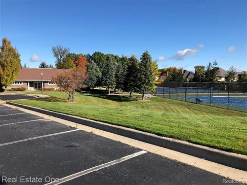 Tiny photo for 4983 HIGHLAND Court, Independence Township, MI 48348 (MLS # 2200024382)