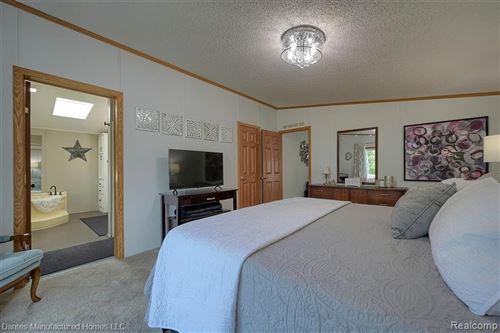 Tiny photo for 3915 Azalea Court, Brandon Township, MI 48348 (MLS # 2210076385)