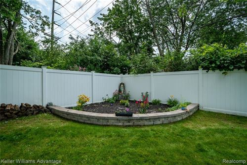 Tiny photo for 5811 MAYBEE Road, Independence Township, MI 48346 (MLS # 2210069399)