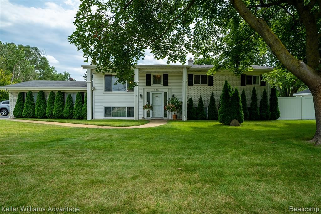 Photo for 5811 MAYBEE Road, Independence Township, MI 48346 (MLS # 2210069399)