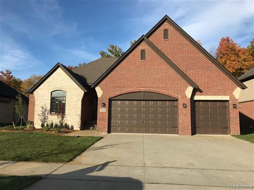 Photo of 53213 Westwood Park, Shelby Township, MI 48316 (MLS # 2200095404)