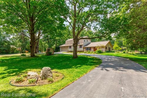 Photo of 8101 S ESTON Road, Independence Township, MI 48348 (MLS # 2200052426)