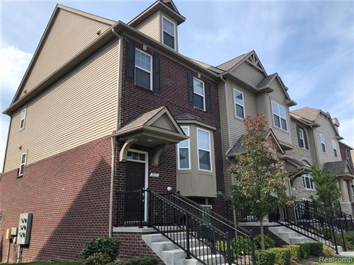 Photo of 2653 HELMSDALE Circle, Rochester Hills, MI 48307 (MLS # 2200080431)