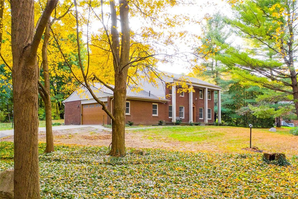 Photo for 9401 McClumpha Road, Plymouth Township, MI 48170 (MLS # 2200012443)