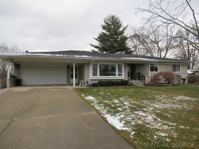 Photo of 5211 LORIN DR, SHELBY Township, MI 48316 (MLS # 58050032452)