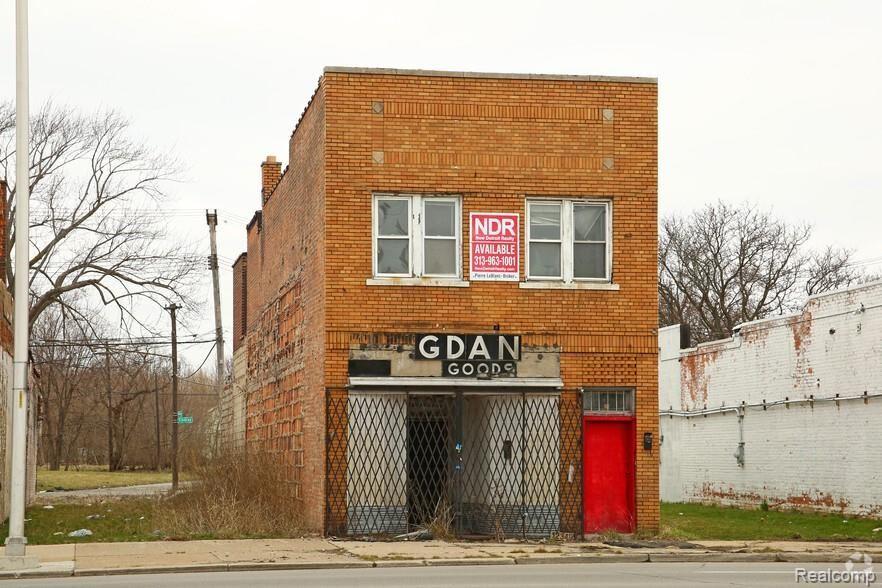 Photo for 12347 E GRATIOT AVE Avenue, Detroit, MI 48205 (MLS # 2200053462)