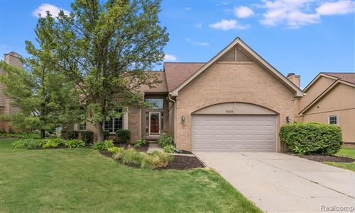 Photo of 6306 GOLF VIEW Drive, Independence Township, MI 48346 (MLS # 2200048463)