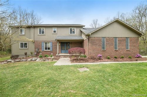 Photo of 5811 EDGAR Road, Springfield Township, MI 48346 (MLS # 2200030465)