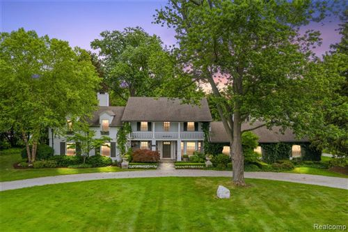 Photo of 480 YARMOUTH Road, Bloomfield Township, MI 48301 (MLS # 2210048471)