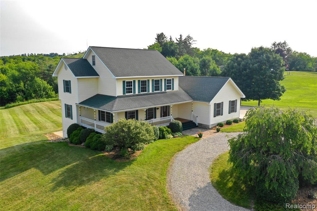 Photo for 5397 CLARKSTON Road, Independence Township, MI 48348 (MLS # 219068490)