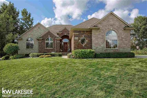 Photo of 6210 CREEKSIDE DR, SHELBY Township, MI 48316 (MLS # 58050055509)