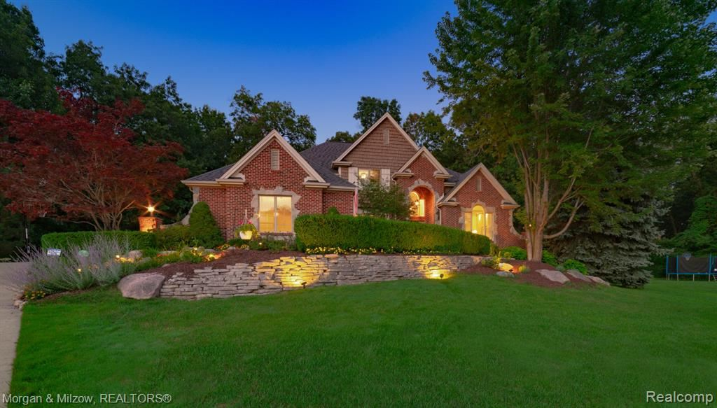 Photo for 8856 Hunters Creek Court, Independence Township, MI 48348 (MLS # 2200058512)
