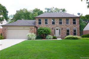 Photo of 443 TANGLEWOOD Drive, Rochester Hills, MI 48309 (MLS # 219096514)