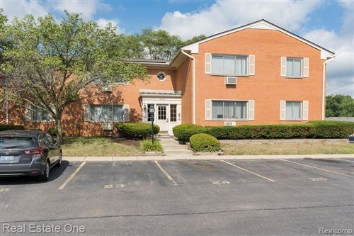 Photo of 803 PLATE ST #105, Rochester, MI 48307 (MLS # 2200058522)