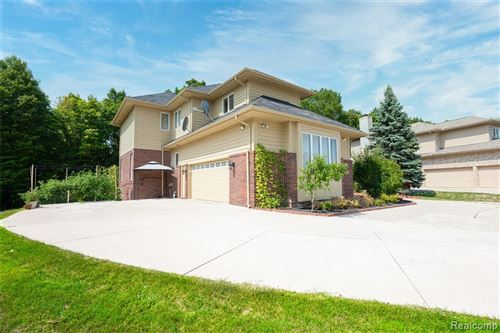 Tiny photo for 7139 YARMOUTH Court, West Bloomfield, MI 48322 (MLS # 2210036530)