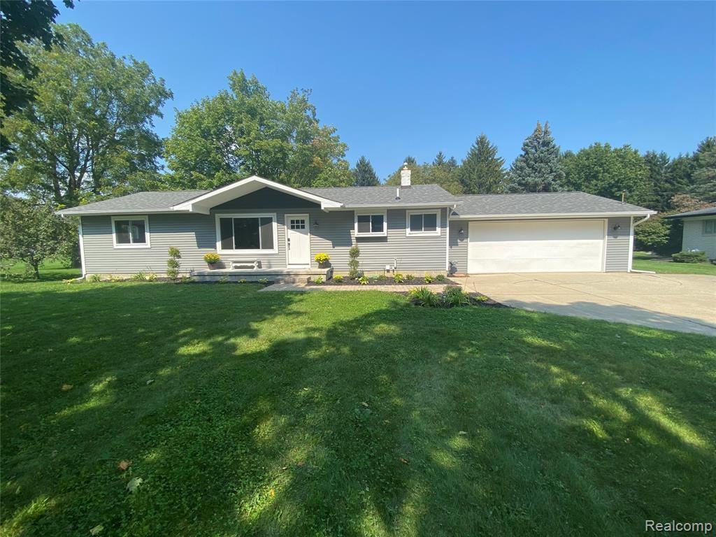 Photo for 6074 WALDON Road, Independence Township, MI 48346 (MLS # 2210077533)