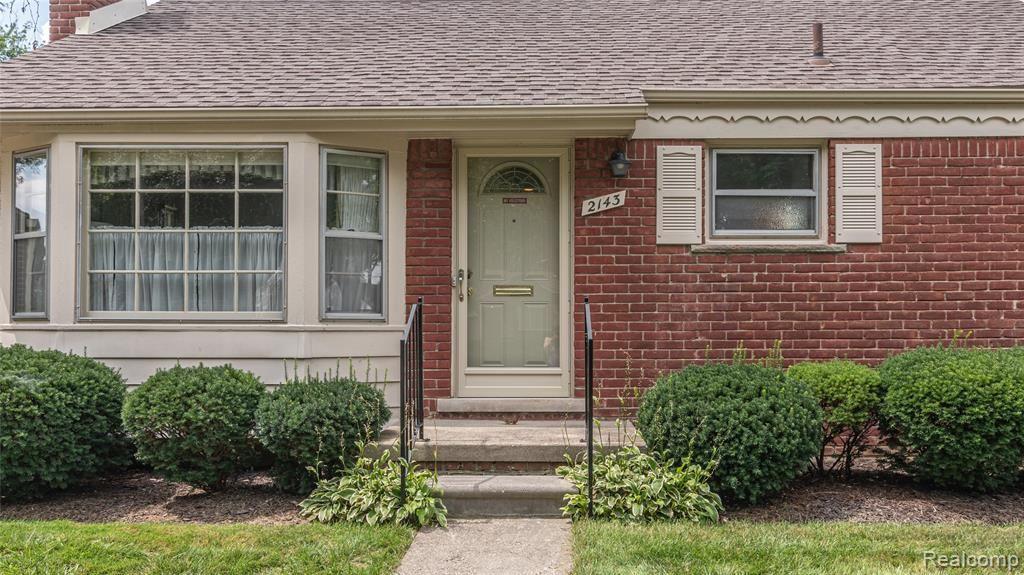Photo of 2143 ELLWOOD Avenue, Berkley, MI 48072 (MLS # 2210063547)
