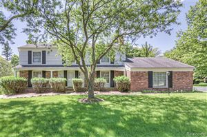 Photo for 4228 OLD DOMINION Drive, West Bloomfield, MI 48323 (MLS # 219073561)