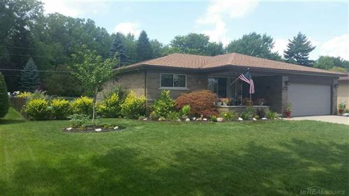 Photo of 38157 CHARWOOD, STERLING HEIGHTS, MI 48312 (MLS # 58050019564)