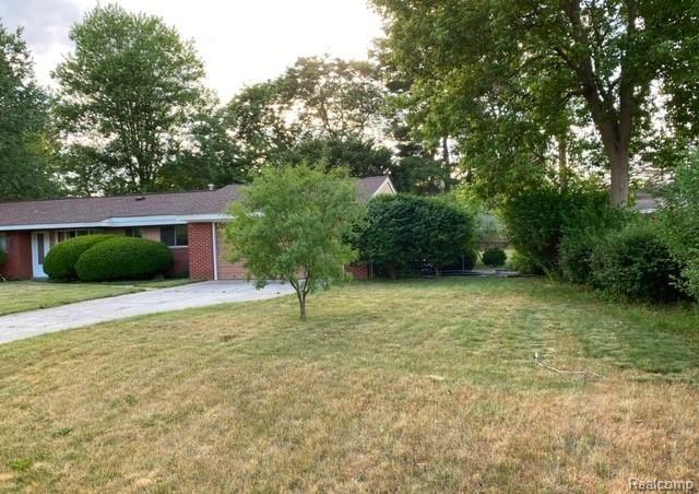 Photo of 6701 PEAR Lane, Independence Township, MI 48346 (MLS # 2200048567)