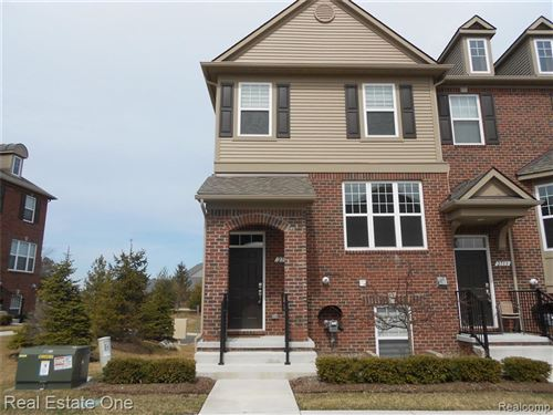 Photo of 2709 HELMSDALE Circle, Rochester Hills, MI 48307 (MLS # 219114574)