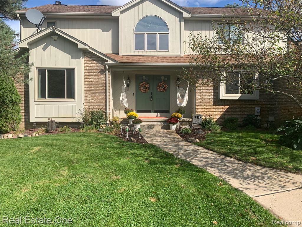 Photo for 7550 ALLEN Road, Independence Township, MI 48348 (MLS # 2200078574)