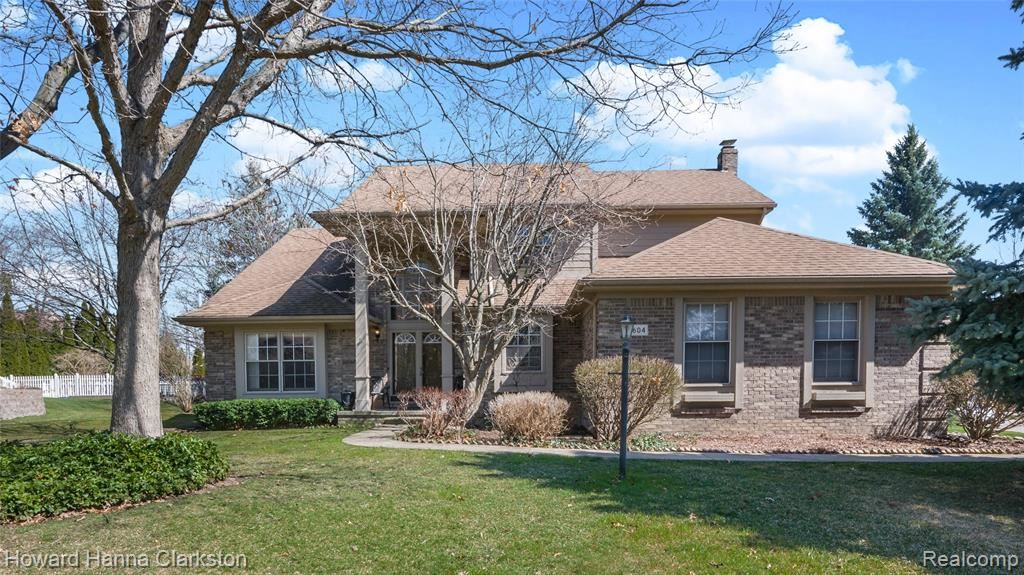Photo for 5604 WEMBLEY Court, Independence Township, MI 48346 (MLS # 2210021581)